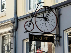 Fahrradladen und Fahrradgeschäft in Feldberger Seenlandschaft